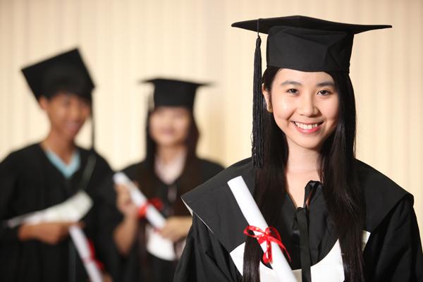 Muôn kiểu du học của giới trẻ Việt