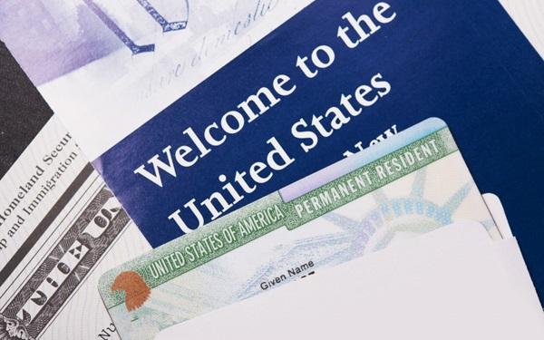 Làm visa thông qua mẫu đơn khai visa Mỹ có sẵn