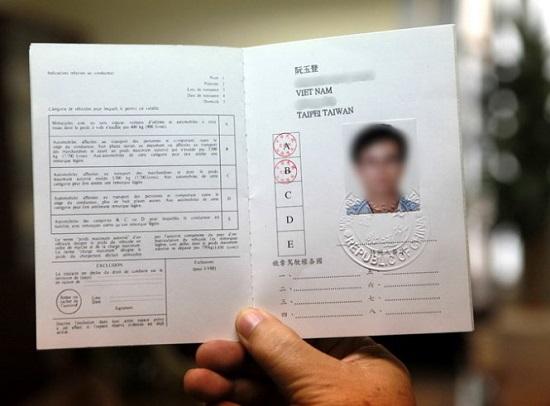 Đổi bằng lái xe quốc tế mất thời gian bao lâu?